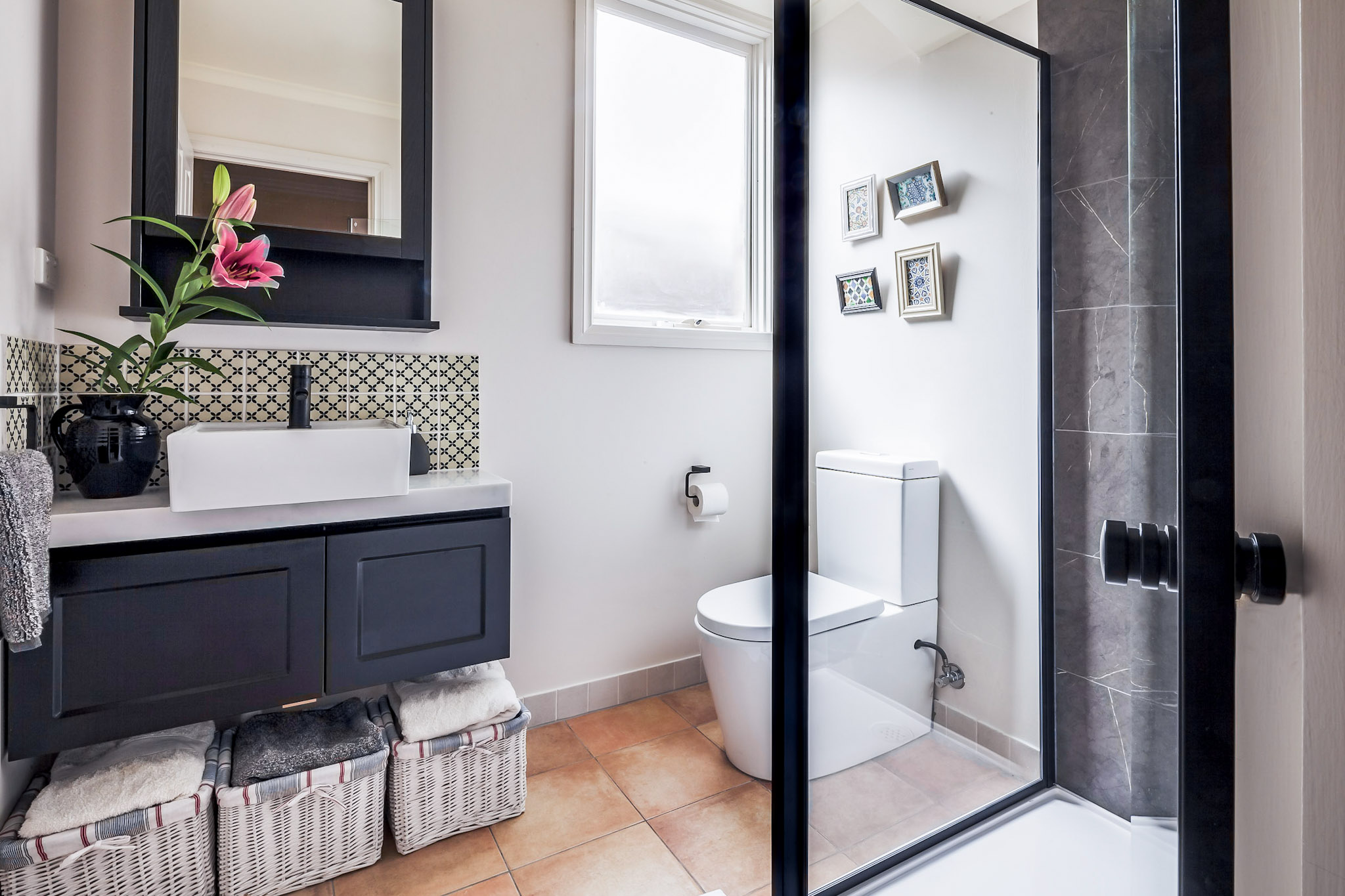 3-interior designer melbourne, bathroomdesign, wide shot